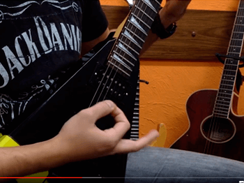 Video Aula – Iniciante  Guitarra - Escola de Música – Blue Note Rio Preto